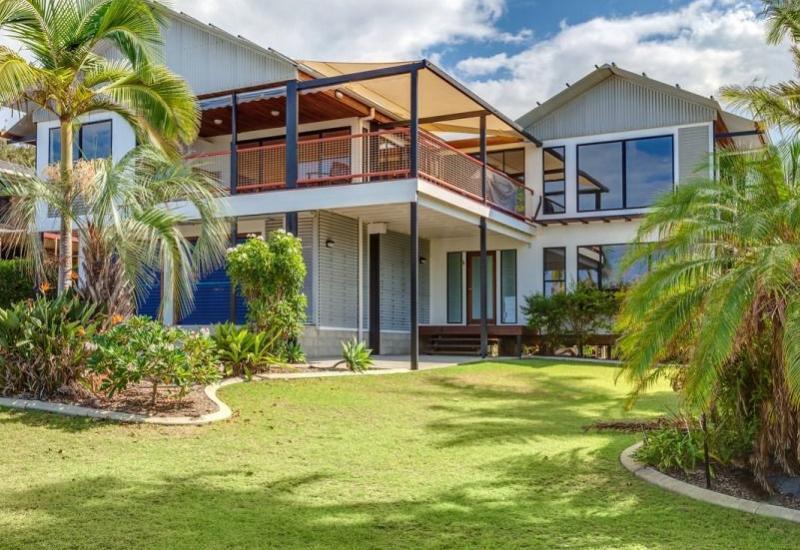 Luxury Beach House Panoramic Ocean Views