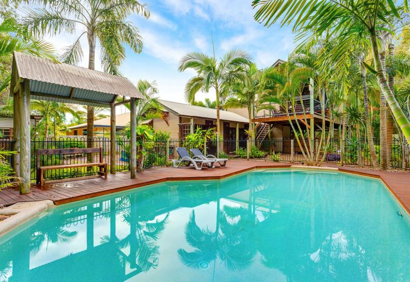 Executive Beach House. Pets Welcome. Swimming Pool