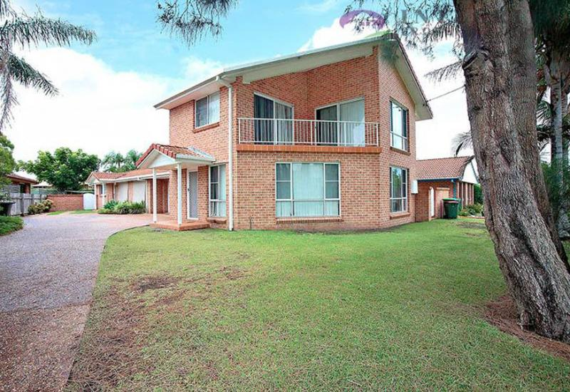 TOWNHOUSE - FORSTER