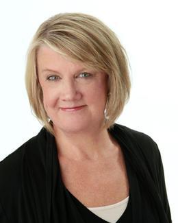 Moira Dixon photo