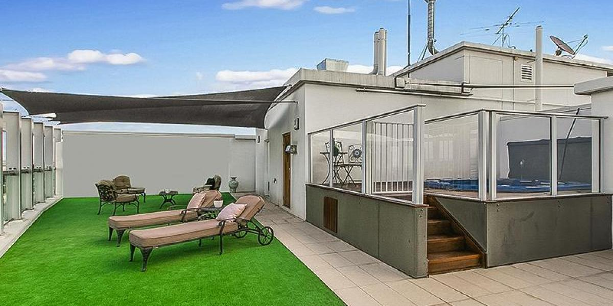 Extraordinary Two Level Penthouse in the Heart of Ipswich CBD.