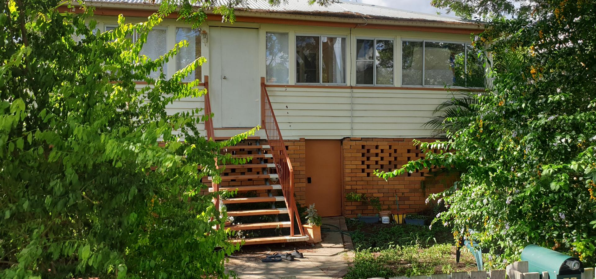 3 Bedrooms + Study in a Great Location
