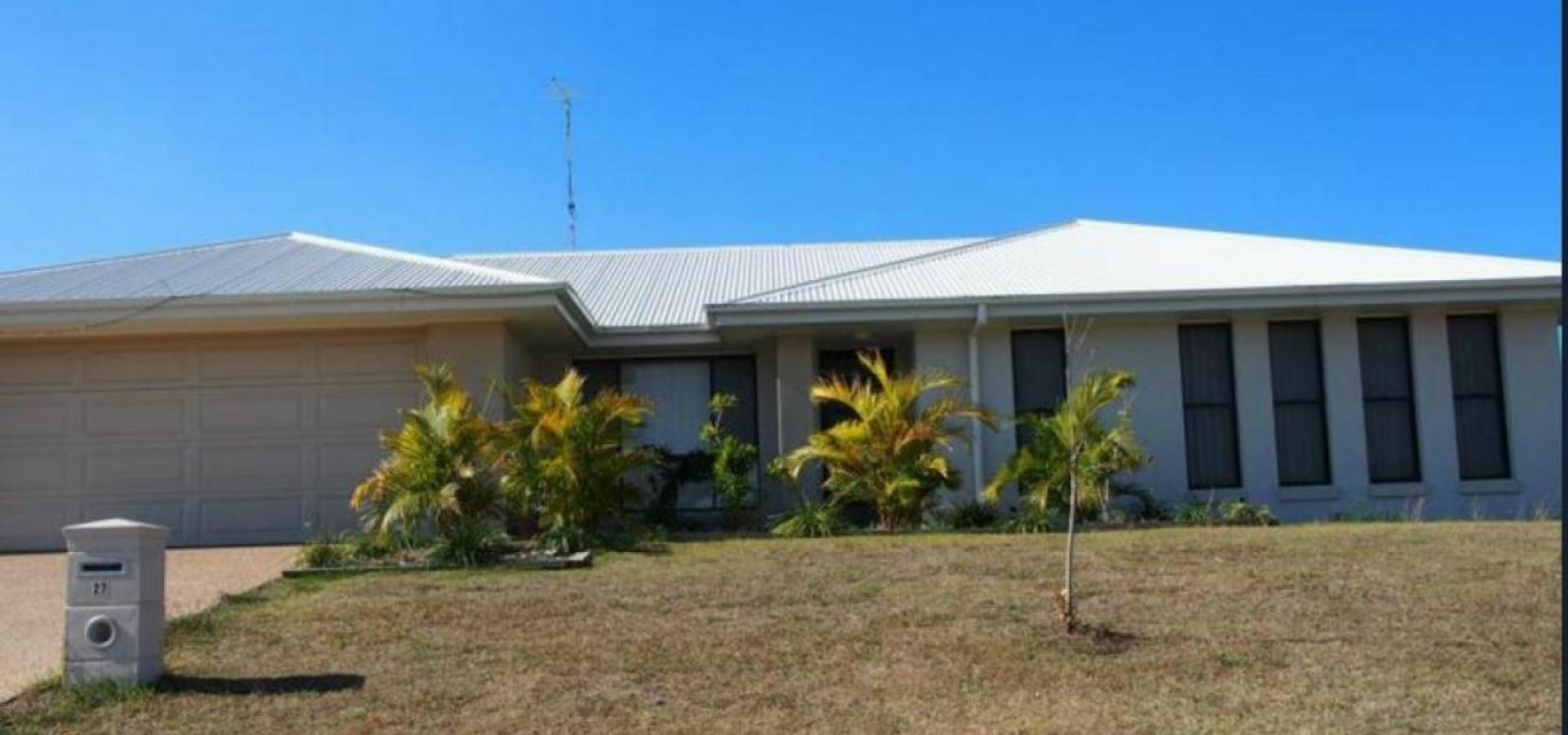 SEEKING HILLTOP SEA-CHANGE? NEED 4 BEDROOMS? THIS IS FOR YOU!