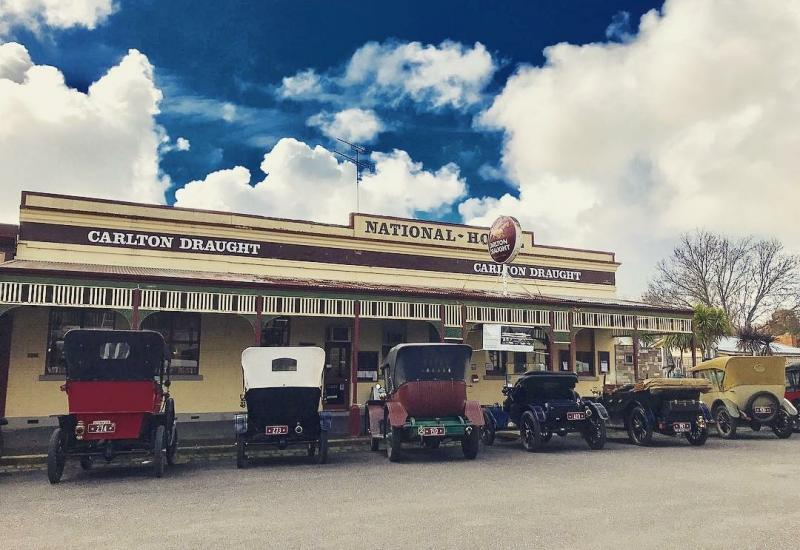 NATIONAL HOTEL CLUNES  VICTORIA