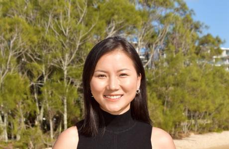 Momo Cameron photo