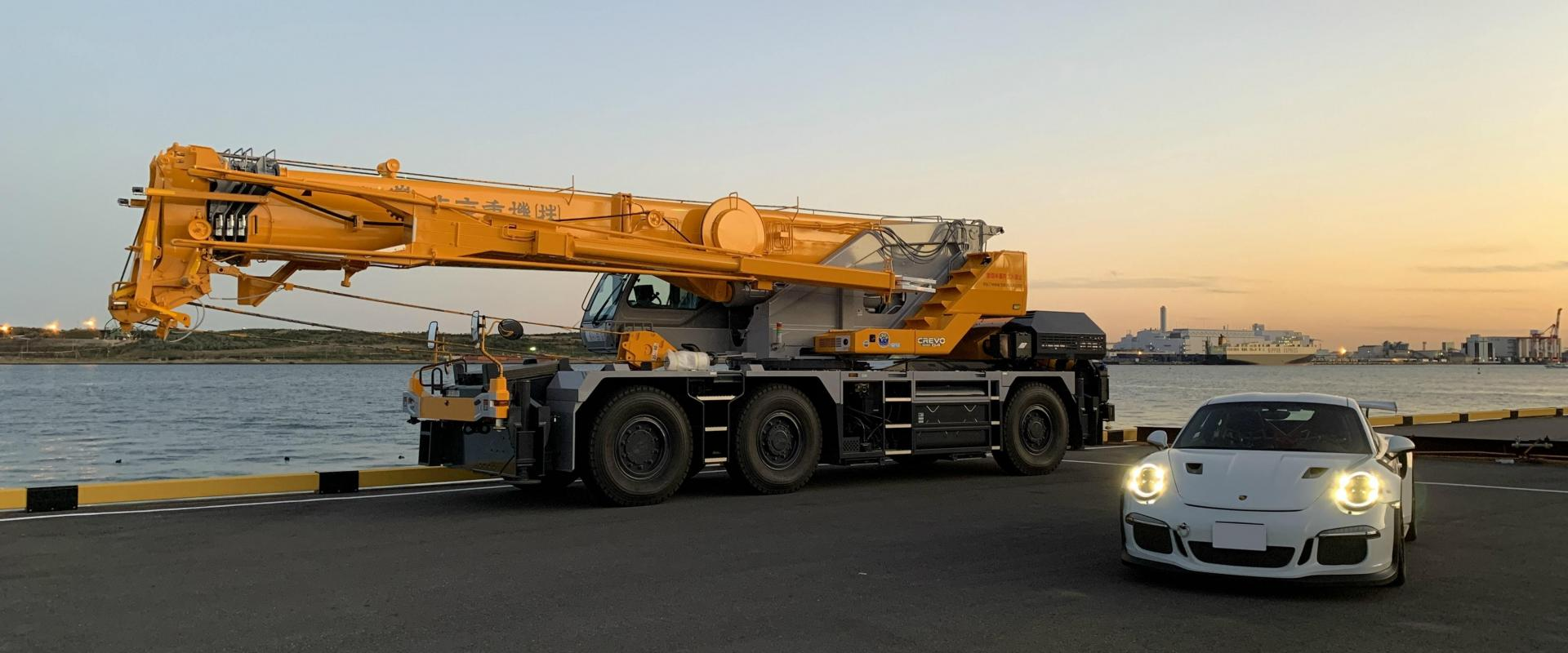 Crane Hire Business for Sale in Melbourne contact Andrew Yoannidis
