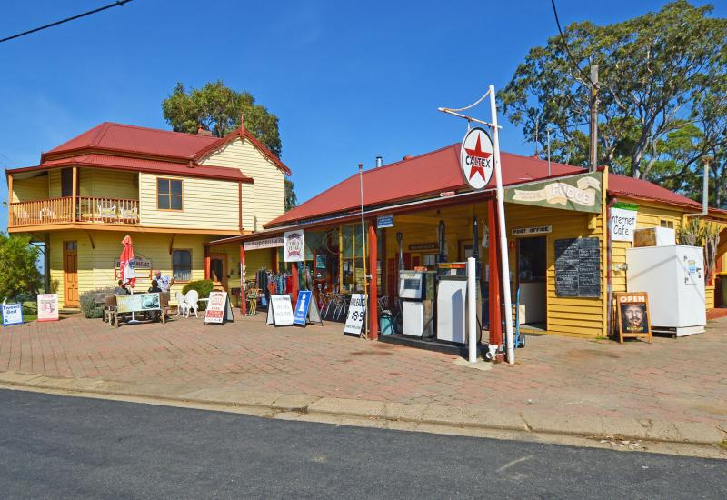 Home - Business - B & B - In Historic Central Tilba