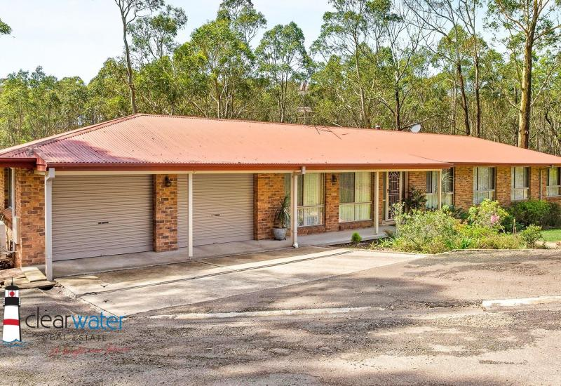 Family Home in Sought After Area @ Moruya Heads