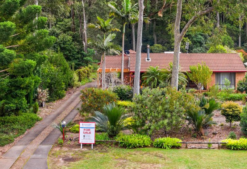Your Private Green Oasis with the beach only a Hop Skip and Jump away