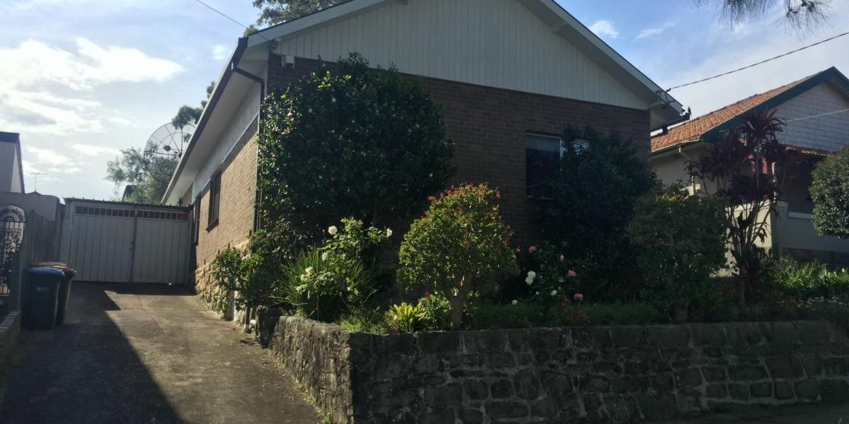 A  GREAT FAMILY HOME IN GLADESVILLE