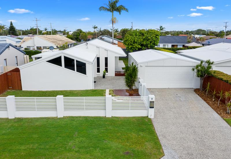 RENOVATED IN BEACHSIDE LOCATION