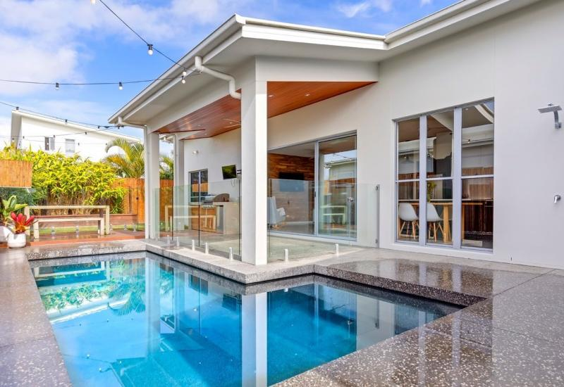 Contemporary, Coastal and Pure Class in the heart of Brightwater