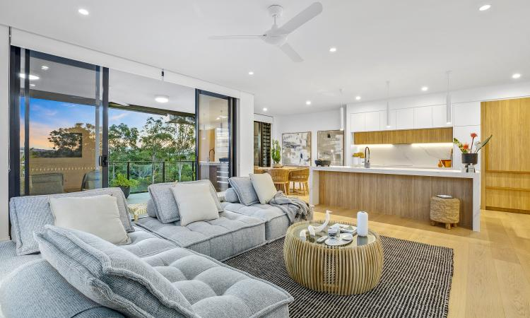 354M2 OF LIVING SPACE
