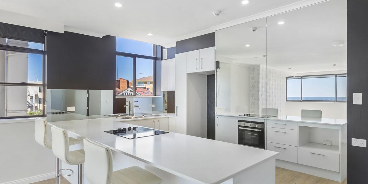 "OVER 55's LIVING - STUNNING BONDI BEACH PAD - ""ASTRA BUILDING"""