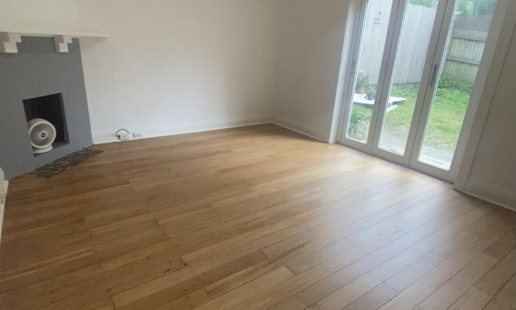 2 Bedroom Unit with Direct Rear Garden Access