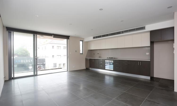 Modern 2 Bedroom Apartment In The Heart Of Bondi Beach
