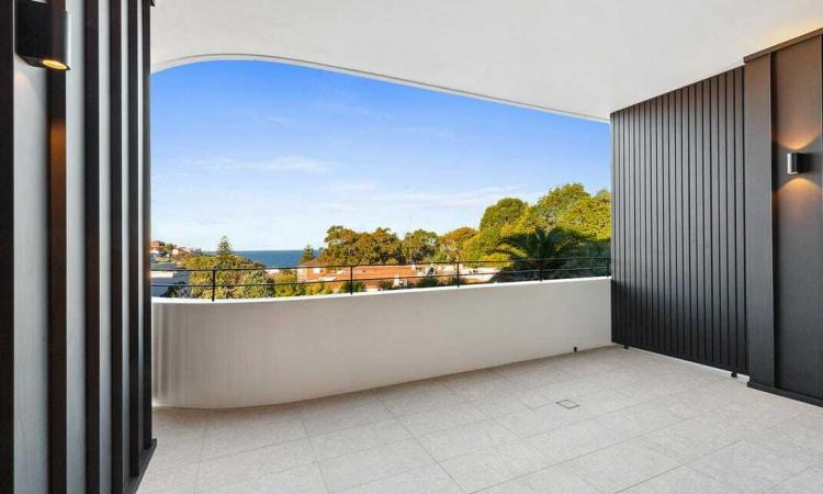 Brand New Boutique 2 Bedroom Apartment With Ocean Views