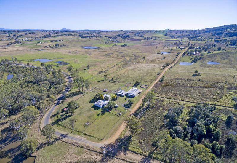 41 Acres, 2 Homes, Huge Shed, Water, Ideal for Horses