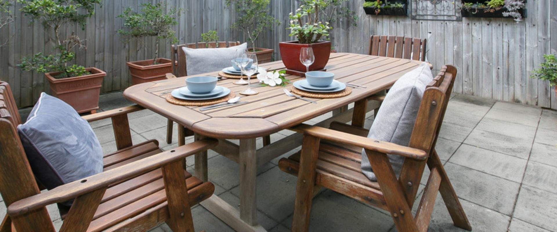Garden Cottage Alfesco Dining