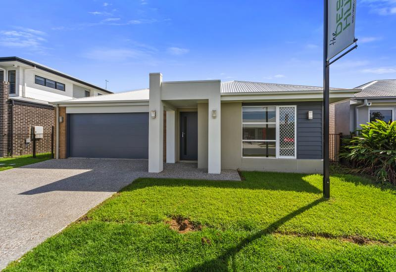 THE PERFECT LOCATION - EX DISPLAY HOME