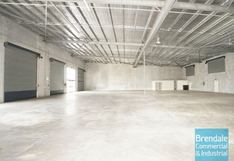 1,050m2 MODERN INDUSTRIAL UNIT