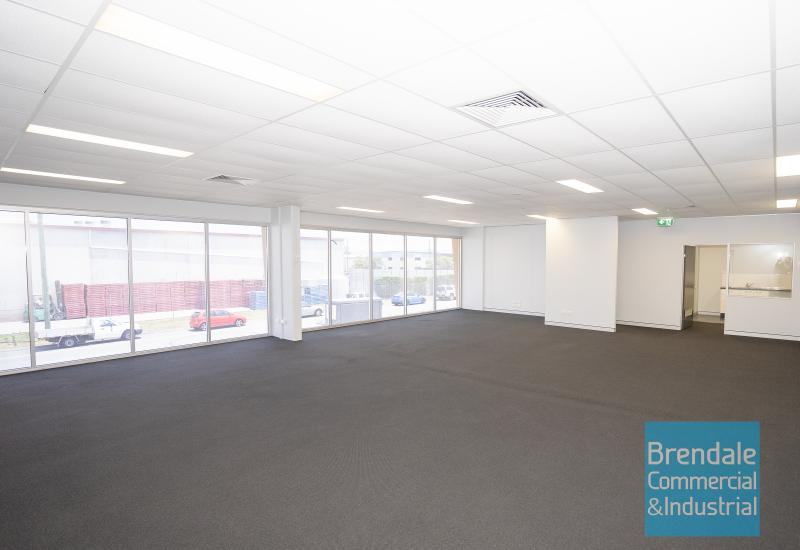 141m2 PROFESSIONAL OFFICE SUITE