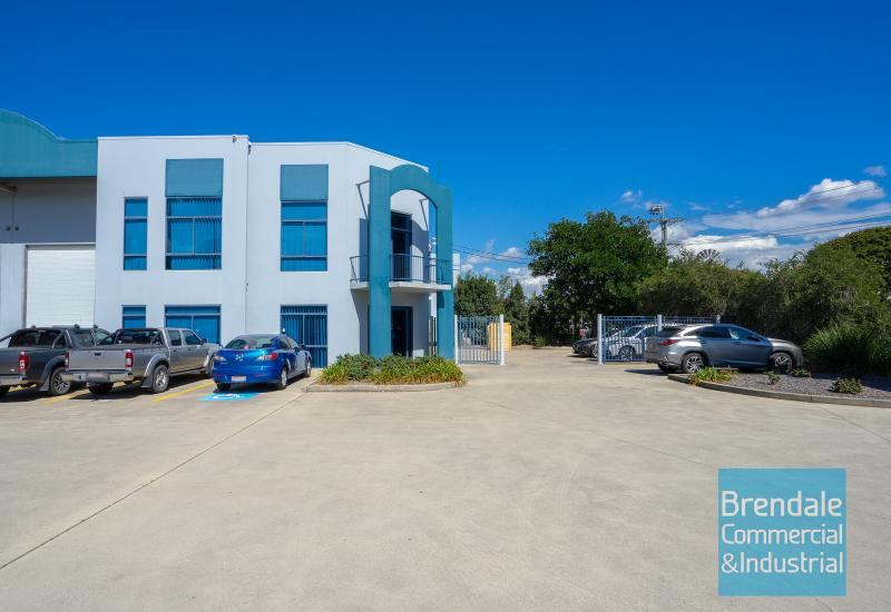 370m2 INDUSTRIAL UNIT WITH OFFICE + YARD