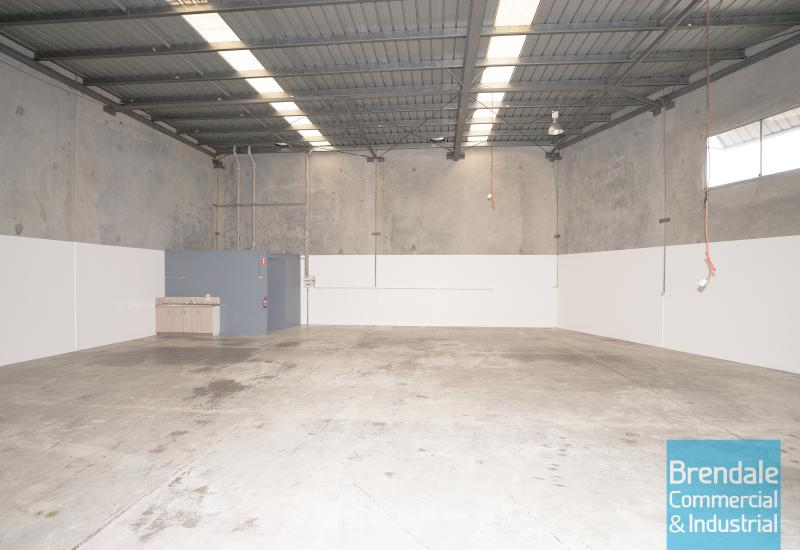 258m2 CLASSIC INDUSTRIAL OR STORAGE UNIT