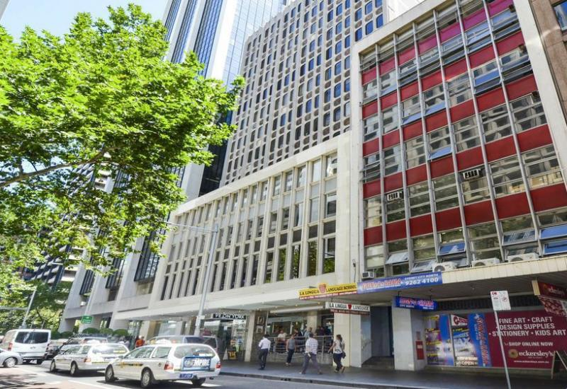 Fitted Suite - 134 Sqm - Outlook onto Clarence Street
