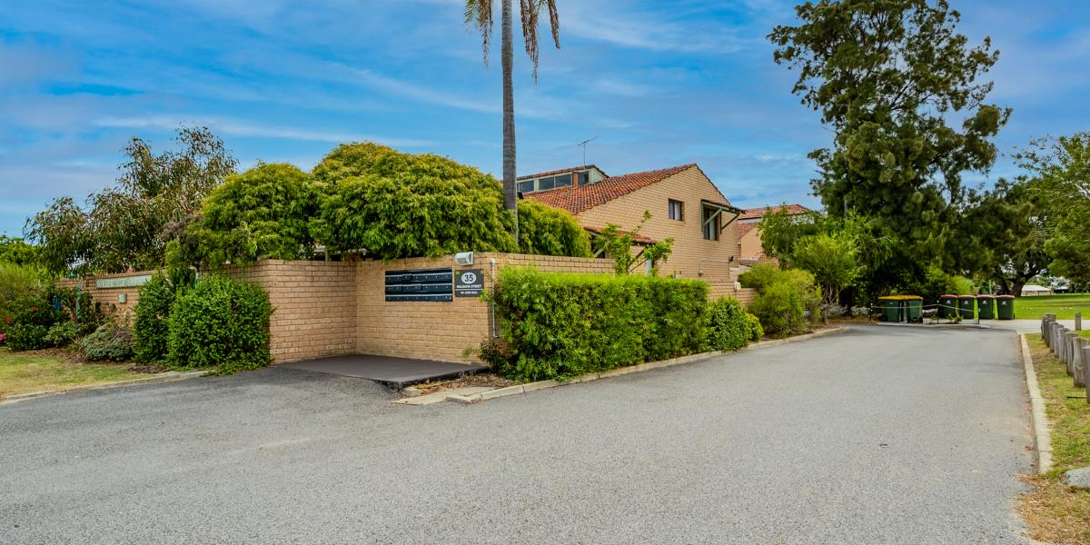 Opportunity awaits for Investors, Leased At $300 per Week (6 Month Lease)
