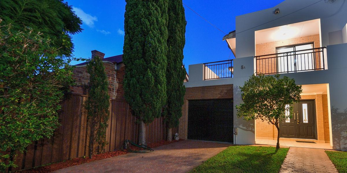 Simply Stunning!! Well Constructed Double Brick House in Great Location - Great Family Home