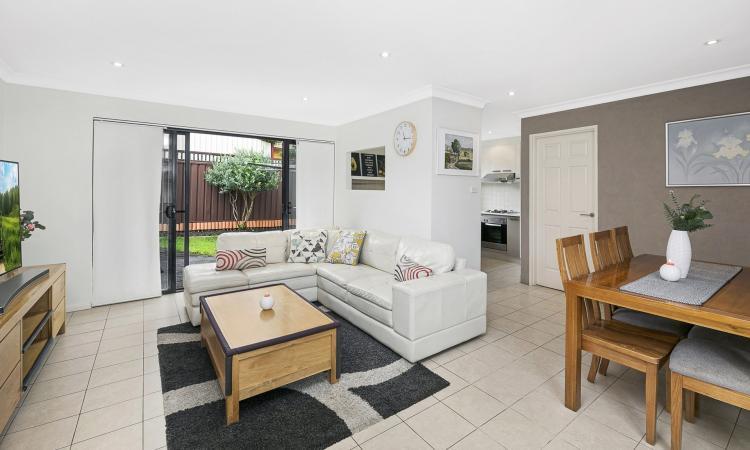 Spacious 2-Bedroom + study villa in peaceful location