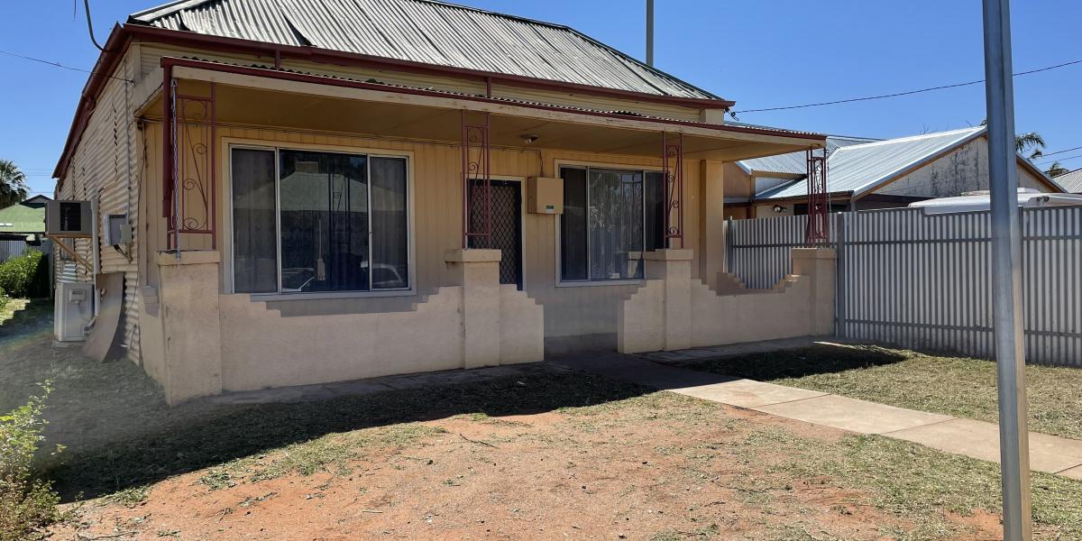 SPACIOUS HOUSE IN QUIET LOCATION