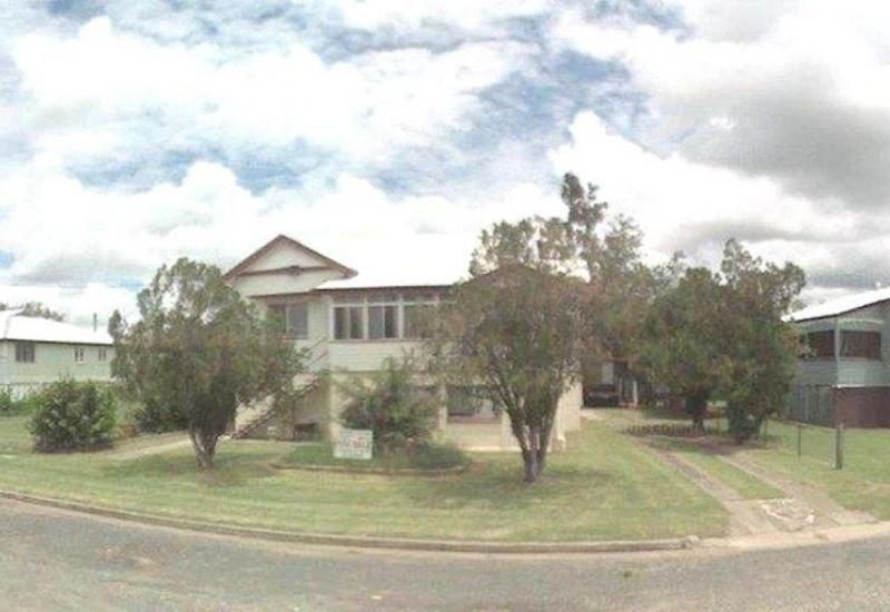 Large Well Maintained 5 Bedroom Home