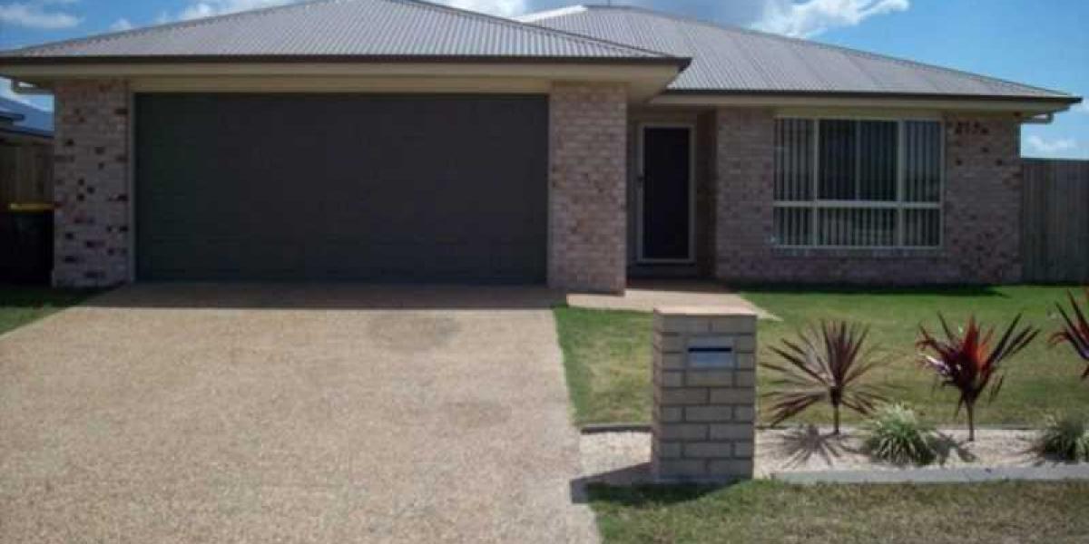 FOUR BEDROOM FAMILY HOME IN MAYFAIR ESTATE