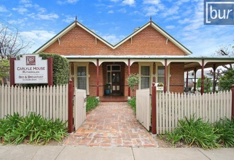 """Carlyle House"" High Profile Residence – Hospitality Enterprise"