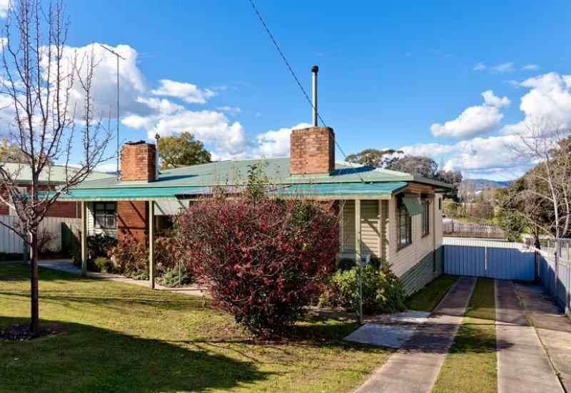 Comfortable 3 bedroom family home