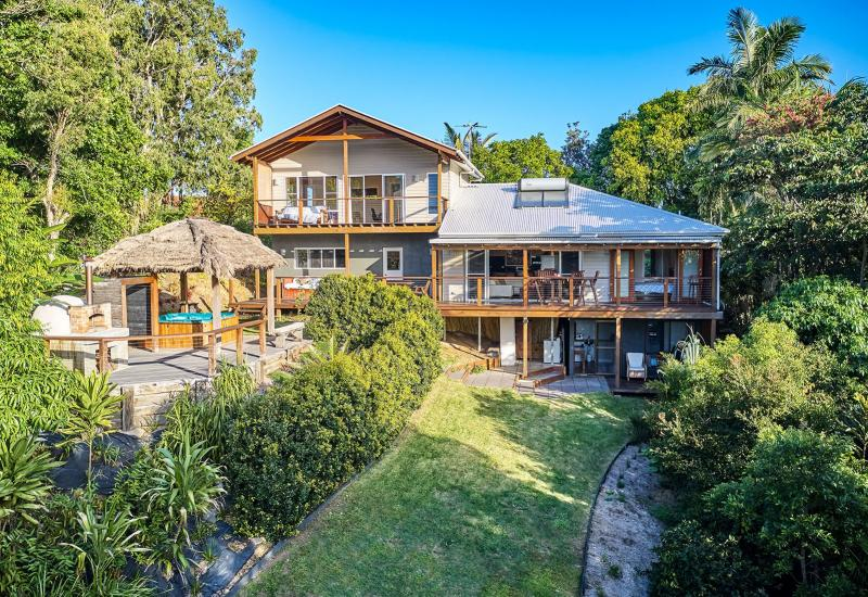 UNDER CONTRACT - Perfect Aspect With Stunning Hinterland Outlook