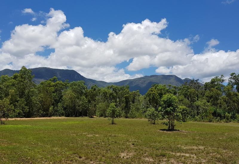 Vacant rural freehold land with cleared house site, internal roads & spectacular mountain views