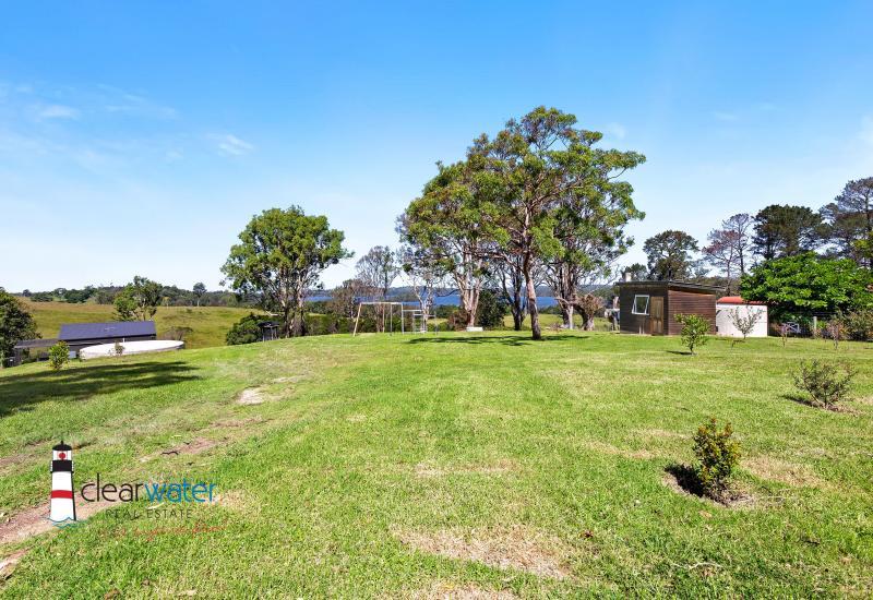 2.81 Acres Close to Moruya Stunning Views of Tuross Lake & Ocean