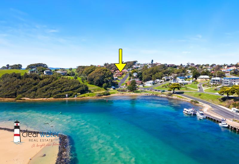 Location, Views and Convenience @ Narooma