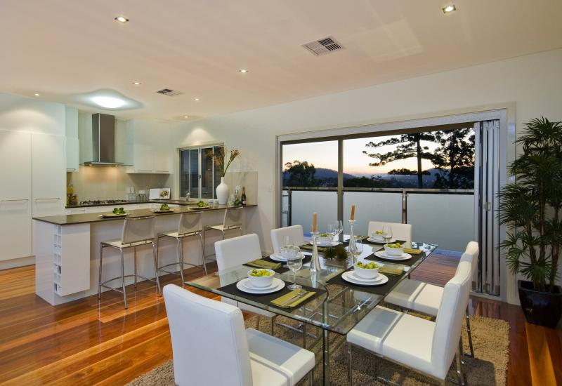 Enjoy a Cosmopolitan Lifestyle in Red Hill
