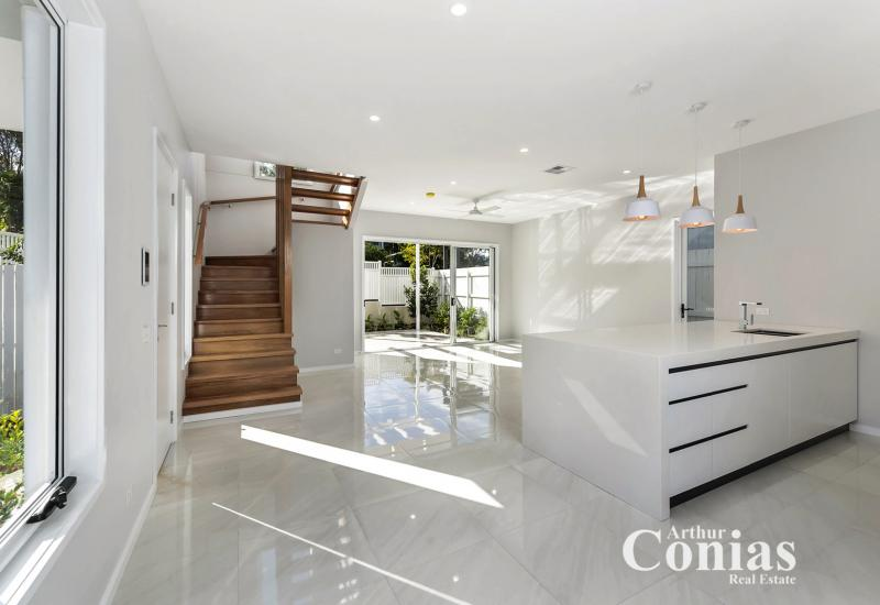 A Luxurious New Home in the Heart of Ashgrove!