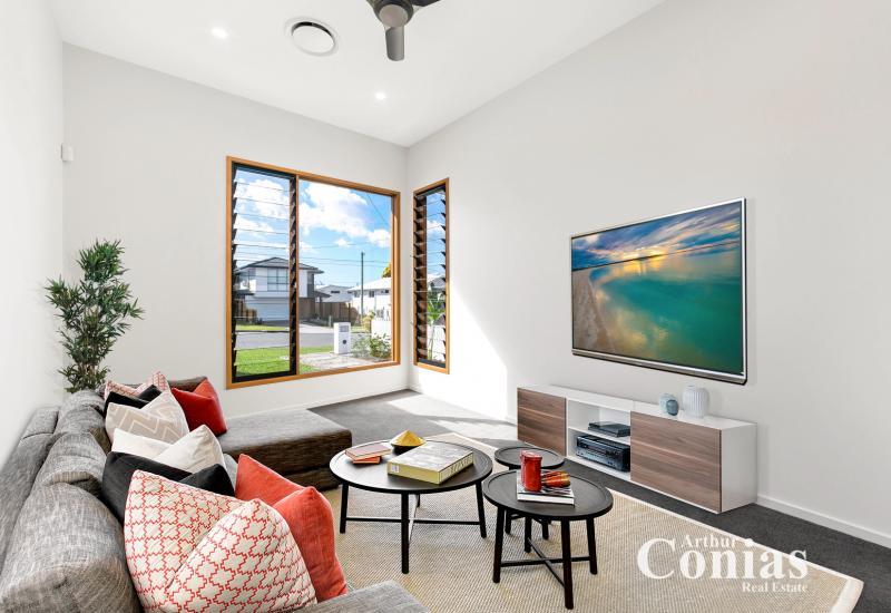 Brand New Contemporary Home!
