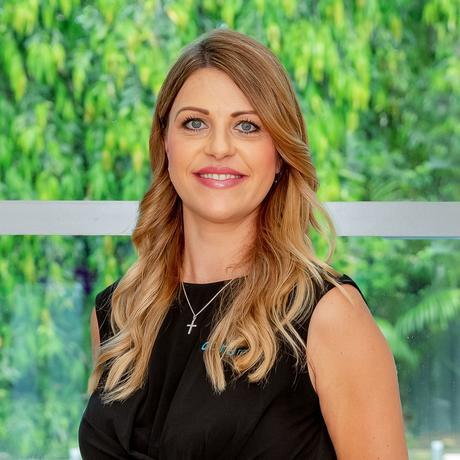 Nikki Vazanellis photo