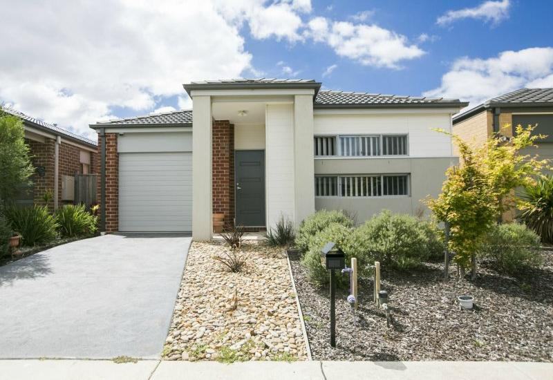 Immaculate Family home as good as new in Casiana Grove estate