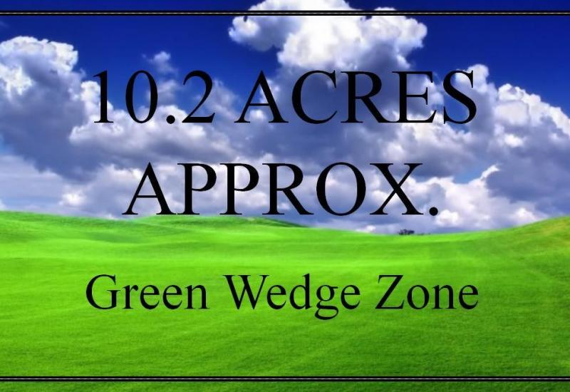 10.2 ACRES OF LAND APPROX.