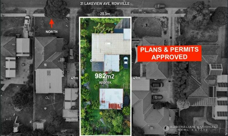ULTIMATE RARE DEVELOPMENT OPPORTUNITY (PLANS AND PERMITS APPROVED FOR  3 X UNITS)
