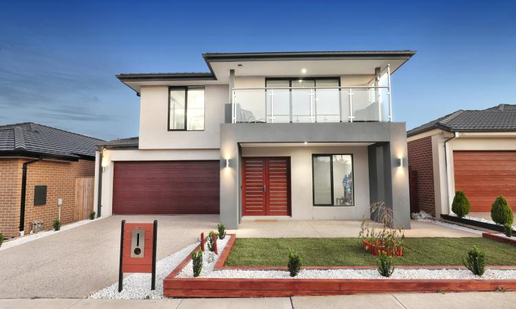 Luxurious Stylish Modern Family Home in Delaray Estate (37.65 square home)