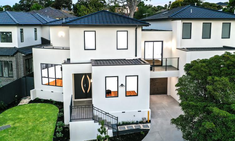 Luxurious Brand New Family Home with Stunning City Views - Overlooking Mount Waverley Secondary College!